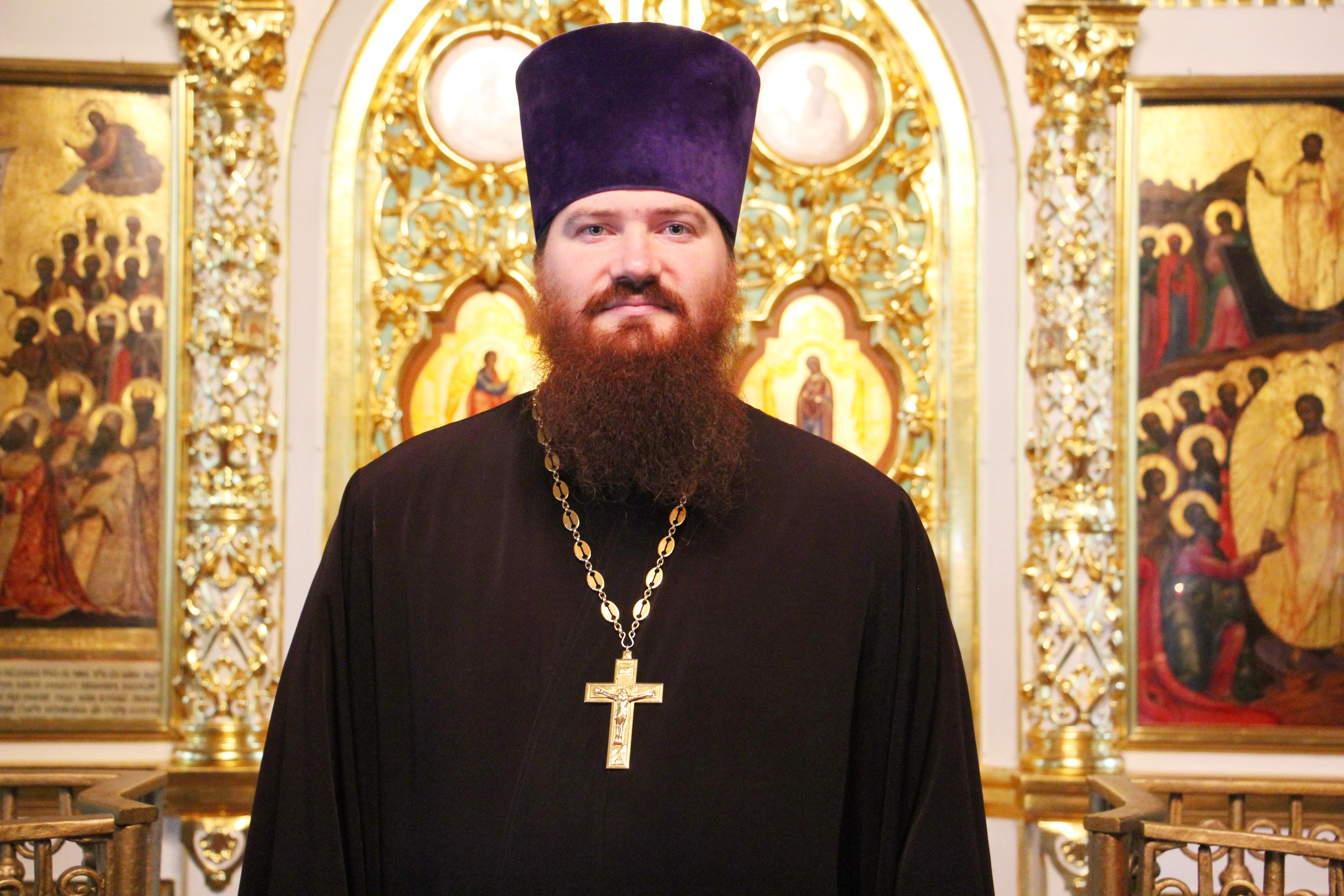 Священник, Михаил Владимирович Калачиков